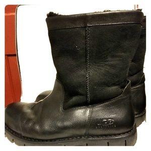 ec03ffe483e Men Ugg Boots Black on Poshmark